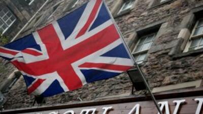 La libra esterlina y las empresas escocesas, así como las bolsas de Euro...