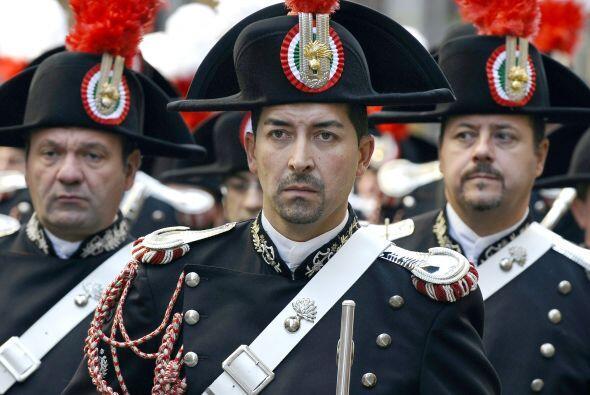 La policía italiana desfiló por las calles de NY en el desfile que organ...