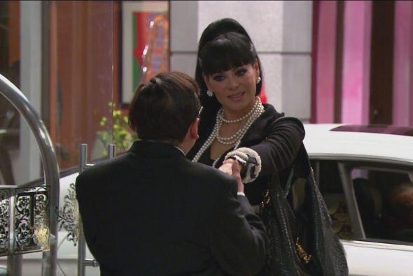 Maribel Guardia hizo el papel de Vanessa, quien se casaría en el hotel.