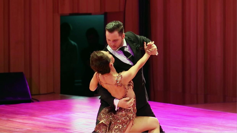 Tango versus Tango