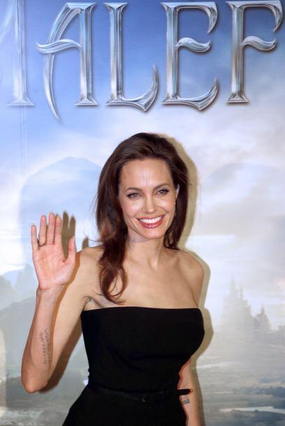 Esta película marca el regreso a la pantalla grande de Angelina Jolie tr...