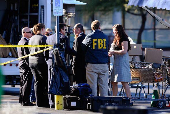 La bala entró por el lado izquierdo de la cabeza de la demócrata; los ci...