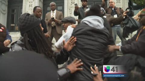 Llamado a la paz termina en trifulca en Newark