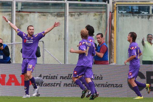 Más tarde, Silvestri puso el 2-0 lapidario para la victoria de la 'Fiore'.