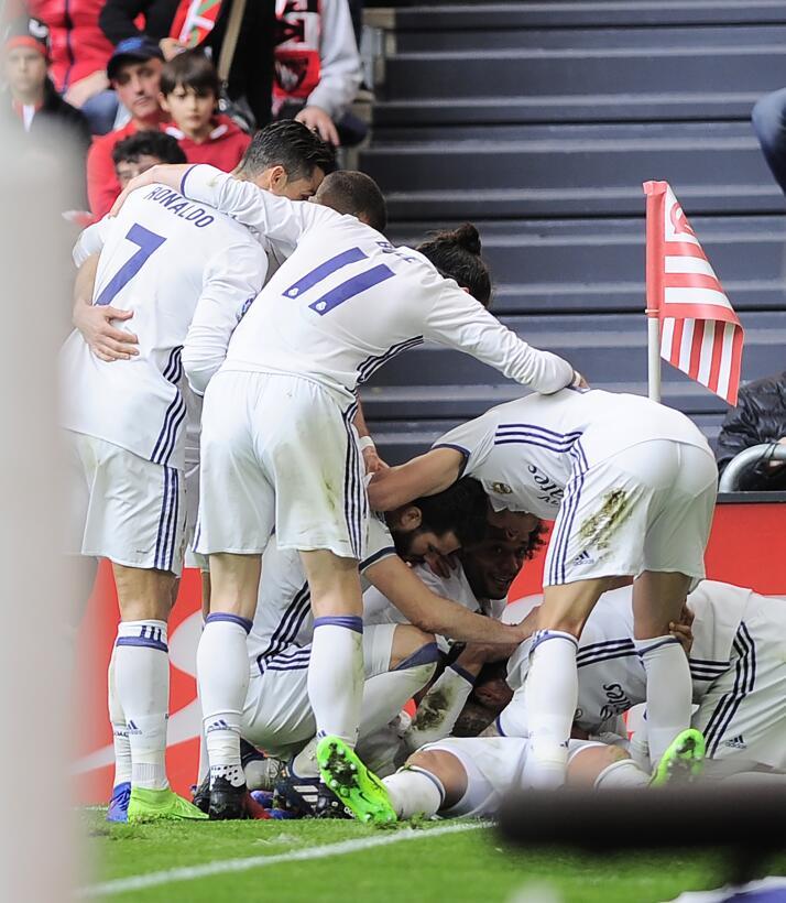 Real Madrid fortalece su liderato en España con triunfo contra Bilbao Ge...