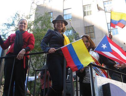 Merijoel Durán, Berenice Gartner, y Carina García saludaron a todas las...