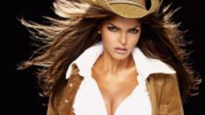 'La Reina Grupera' fue detenida en Bolivia debido a una demanda por incu...