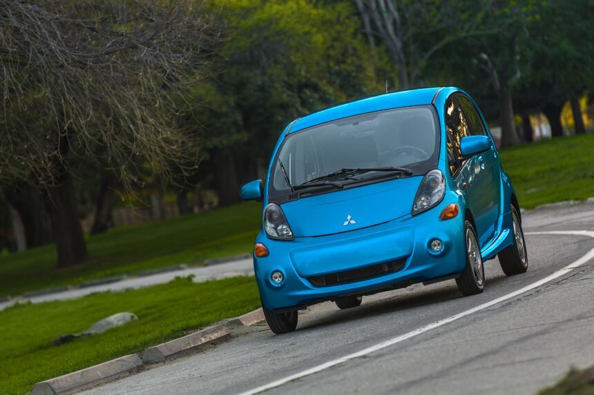 El peor eléctrico/híbrido – Mitsubishi i-MiEV: Uno de los autos eléctric...