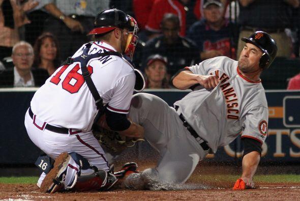 Una mala defensiva de los Braves.