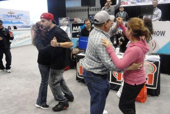 DJS en el Chicago Auto Show 2012.