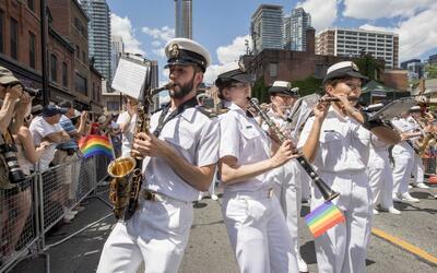 Banda de la Armada de Canadá en un desfile del Día del Org...