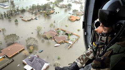 En septiembre de 2013, el huracán Ike devastó partes de Texas. Harvey po...