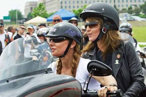 Esta vez le ex gobernadora de Alaska, Sarah Palin, fue la invitada de ho...