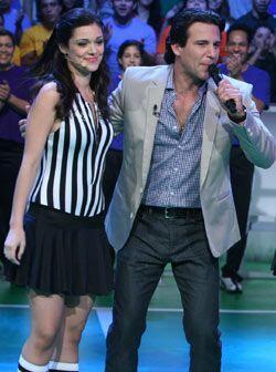 Durante este show fue de gran ayuda para Jorge Aravena en cada concurso.