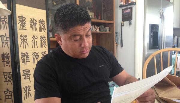 Carlos Hidalgo, quien estuvo detenido en la cárcel Theo Lacy en 2015, le...