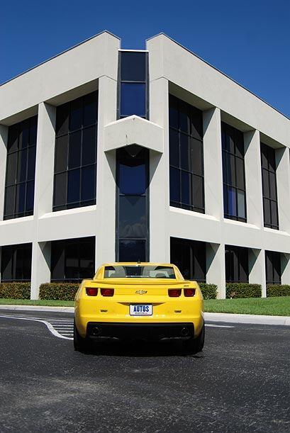 El Chevrolet Camaro 2010 reflotó la imagen de este modelo que se convirt...