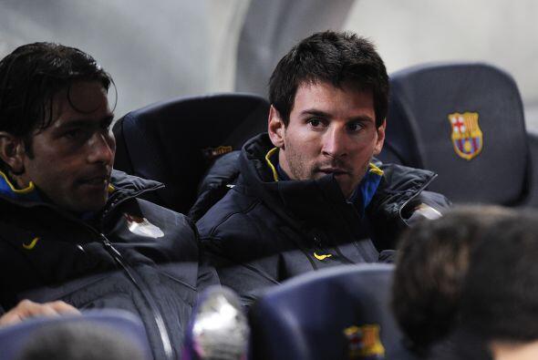 Lionel Messi inició el partido desde el banquillo, a causa de una fuerte...