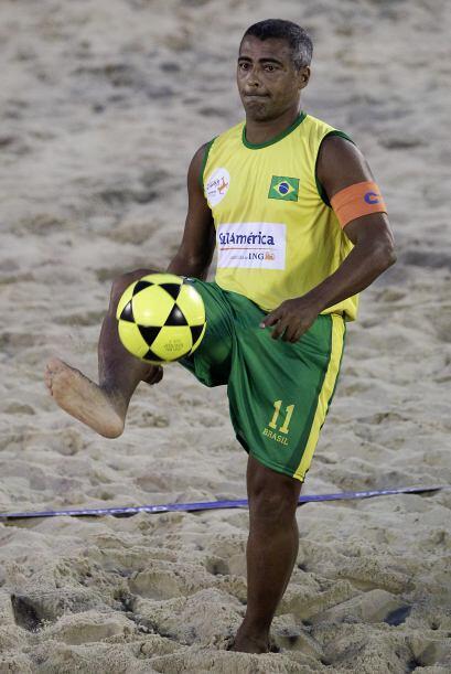 El ex futbolista lideró una de las dos selecciones brasile&ntilde...