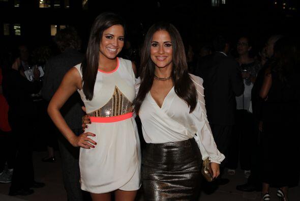 Pamela Silva Conde y Jackie Guerrido muy honradas de pertenecer a esta p...