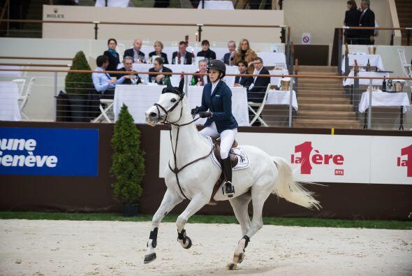 Athina se encontraba en Génova, Suiza, en una competencia ecuestre.