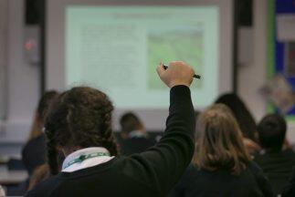 La ley prohibía que en las escuelas públicas se dictasen c...