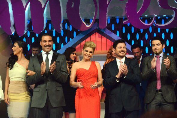 La actriz lució guapísima en la presentación de la telenovela hace unos...