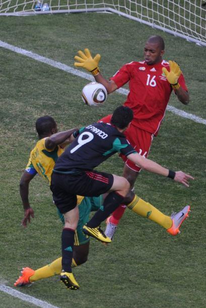 En el Mundial de 2010, México se ubicó en el Grupo A junto con la selecc...
