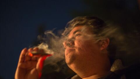 Las leyes estatales y federales sobre la marihuana han estado en conflic...