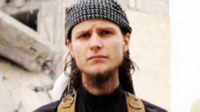 El presunto terrorista canadiense, identificado como Abu Anuar al Canadi...
