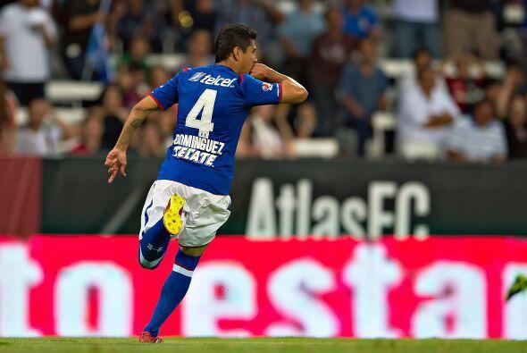 Con 26 años las ausencias de Diego Reyes, Héctor Moreno  que se encuentr...