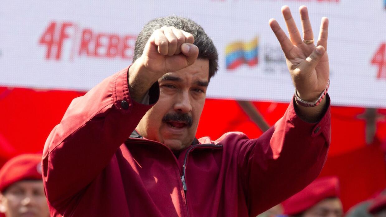 Maduro confirma tres muertes por zika en Venezuela.