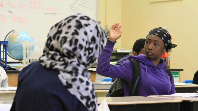 Los estudiantes merecen una clase dedicada a los estudios étnicos, enfoc...