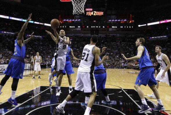 Parker se encargó de liderar el ataque balanceado de los Spurs al conseg...
