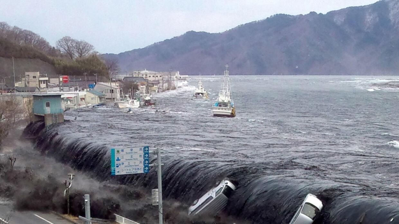 tsunami olas de la destrucci n univision 34 los angeles. Black Bedroom Furniture Sets. Home Design Ideas