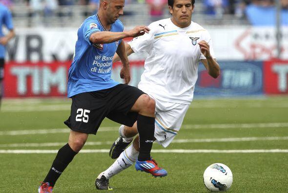A primera hora, el Lazio se metió a la casa del Novara.