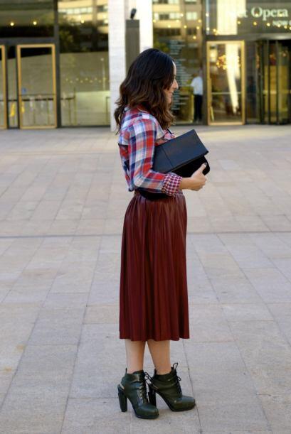 En este 'outfit' optó por dos de sus tendencias favoritas. La pie...