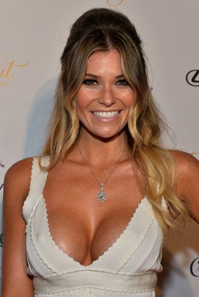 18. Samantha Hoopes De estrella de internet a modelo de portada, podemos...