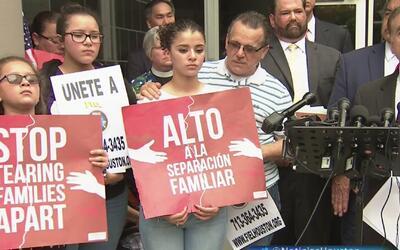 Familia hispana de Houston interpone una demanda federal para que el pad...