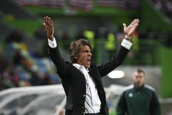 El técnico de casa, Ricardo Sá Pinto, no podía creer que su equipo estuv...
