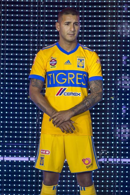 Nuevo uniforme Tigres Apertura 2017.