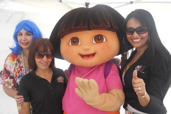 Gracias s todos las que asistieron y ¡gracias a Dora la Exploradora por...