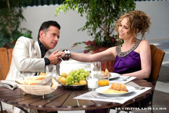 Este par se amó con odio y por eso sólo Lorenzo pudo acabar con Fedra. A...