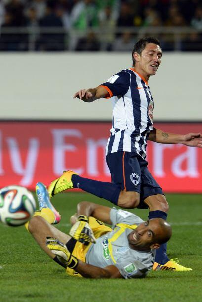 Neri Castillo también tuvo la oportunidad de marcar pero no tuvo tino pa...