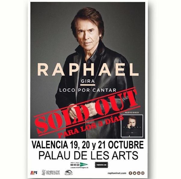 Aunque Raphael está loco por cantar (así se llama su más reciente gira)...