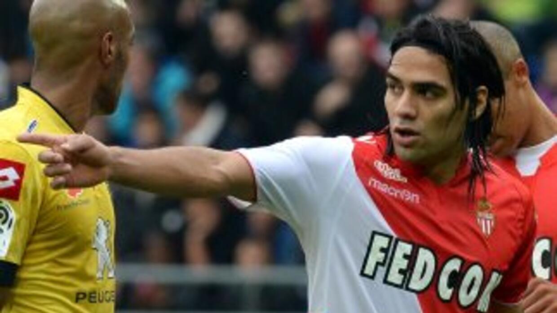 Falcao no estuvo en su mejor día y se fue sin marcar ante Sochaux.