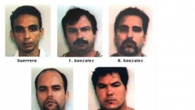 El Gobierno de EEUU ha puesto en libertad a tres espías cubanos del llam...