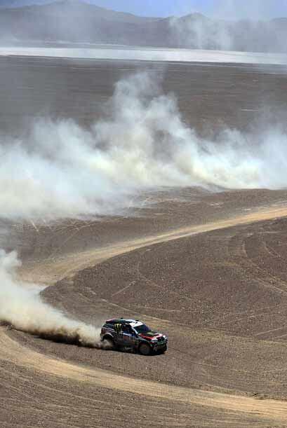 El francés Peterhansel de BMW, busca su décima corona en el Dakar.