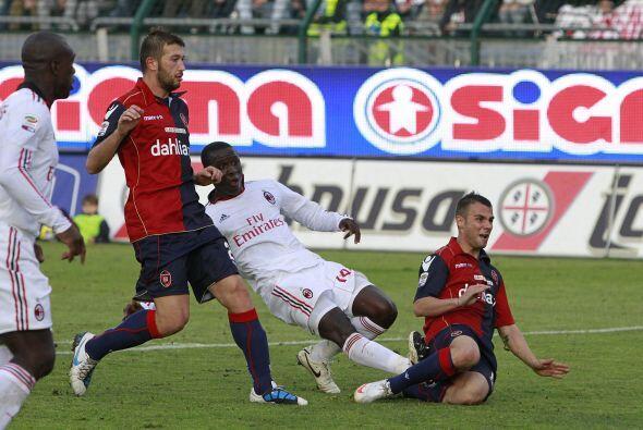 El Milan pasó algunos apuros, además de que la defensa loc...