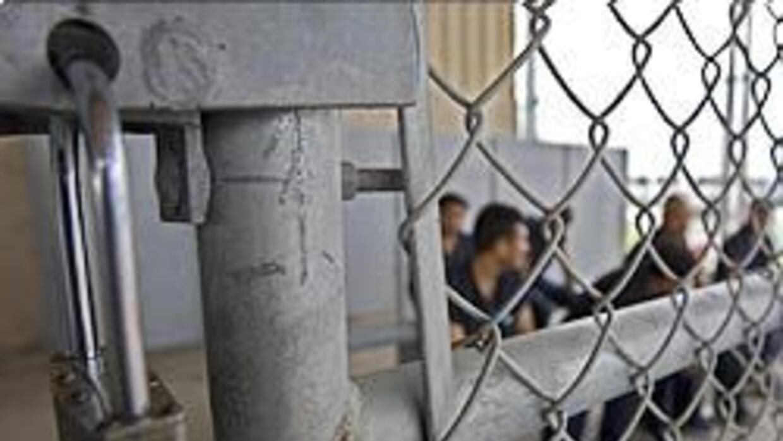 EU abrió procesos de deportación a más de 111 mil extranjeros con antece...