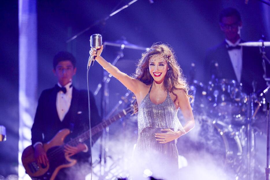 Anahí en Premios Juventud 2016